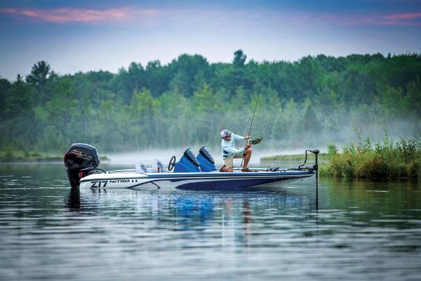 2020 Nitro boat for sale, model of the boat is Z17 & Image # 11 of 85