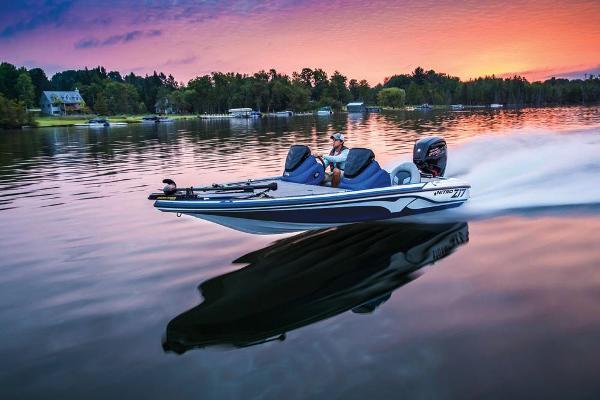 2020 Nitro boat for sale, model of the boat is Z17 & Image # 14 of 85