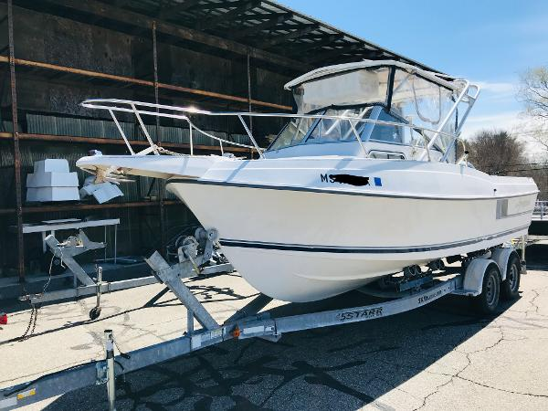 1992 Aquasport boat for sale, model of the boat is 210 Walkaround & Image # 2 of 18