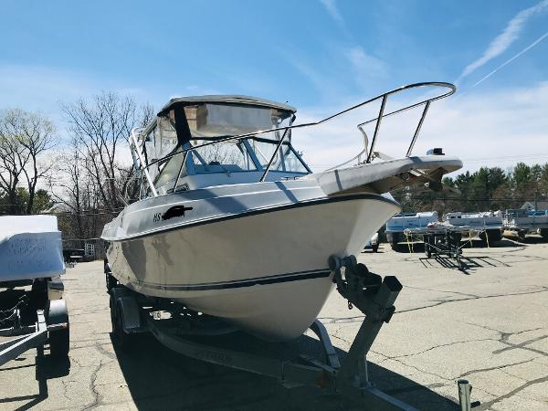 1992 Aquasport boat for sale, model of the boat is 210 Walkaround & Image # 12 of 18