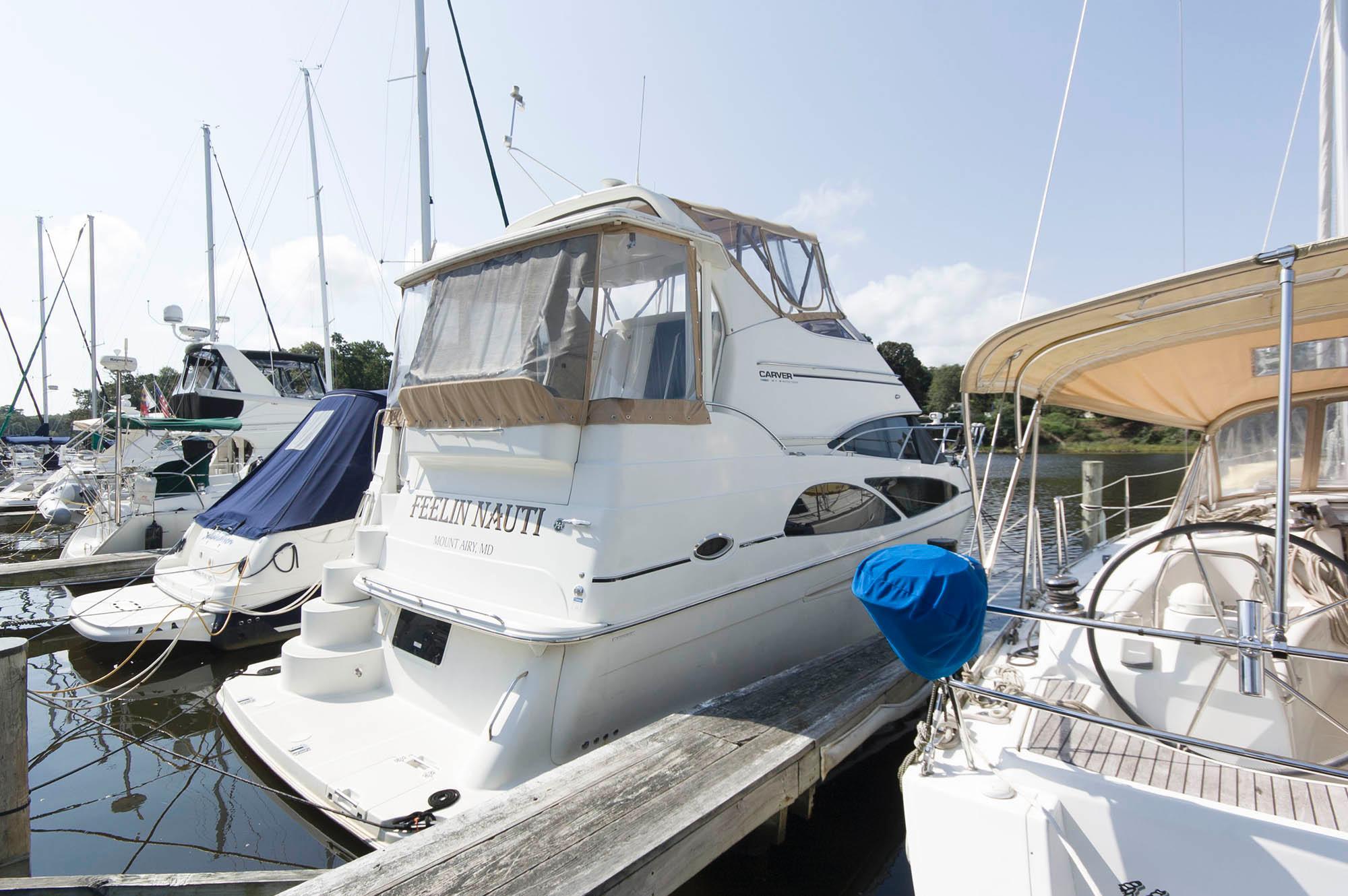 M 5659 JP Knot 10 Yacht Sales