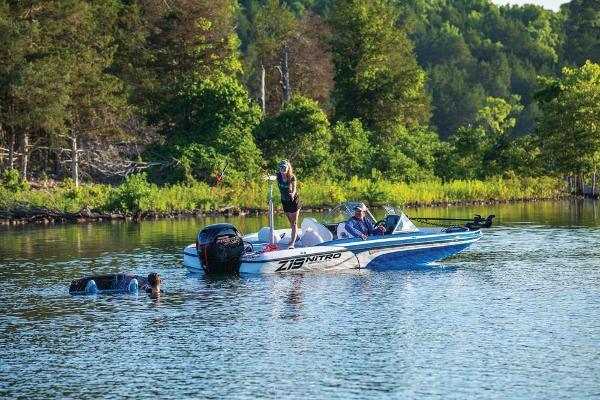 2020 Nitro boat for sale, model of the boat is Z19 Sport & Image # 5 of 59