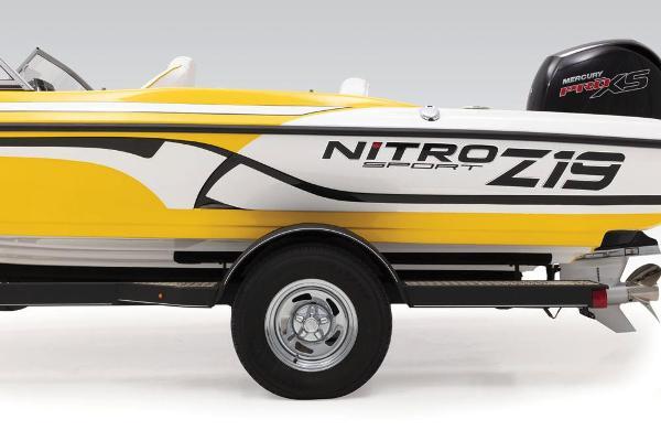 2020 Nitro boat for sale, model of the boat is Z19 Sport & Image # 47 of 59
