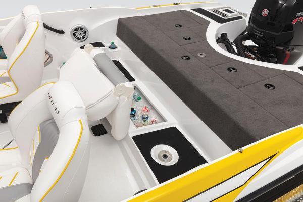 2020 Nitro boat for sale, model of the boat is Z19 Sport & Image # 31 of 59
