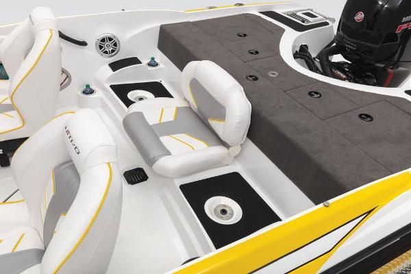 2020 Nitro boat for sale, model of the boat is Z19 Sport & Image # 30 of 59