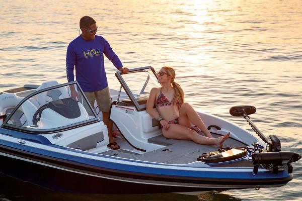 2020 Nitro boat for sale, model of the boat is Z19 Sport & Image # 56 of 59