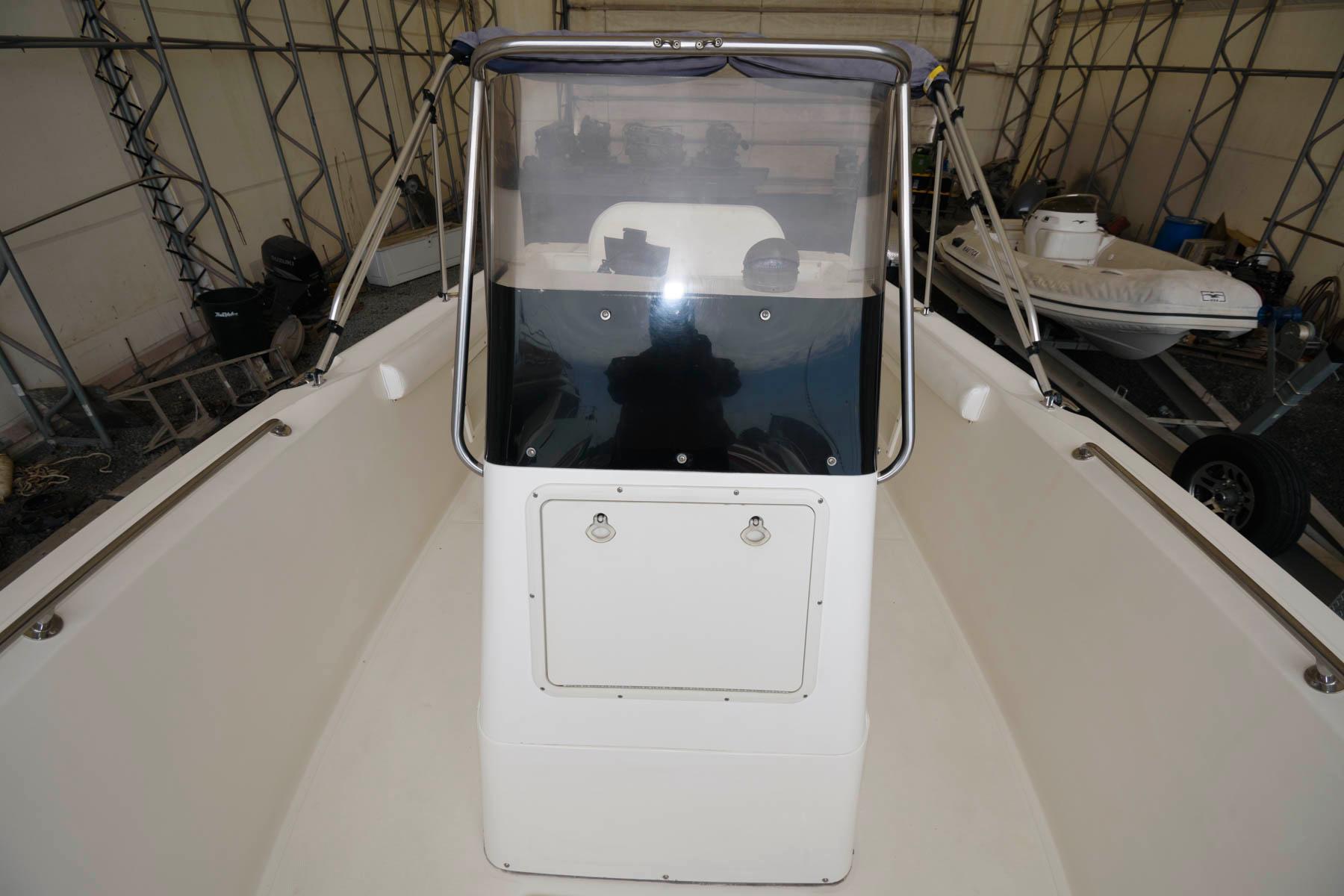 M 6374 CF Knot 10 Yacht Sales