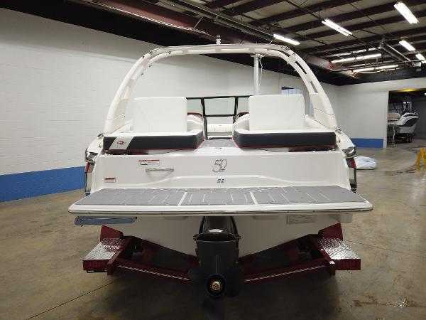 2021 Regal boat for sale, model of the boat is LS2 & Image # 2 of 11