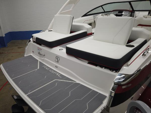 2021 Regal boat for sale, model of the boat is LS2 & Image # 3 of 11