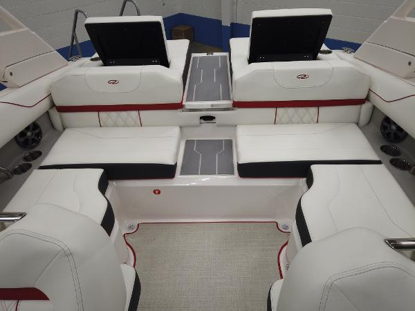 2021 Regal boat for sale, model of the boat is LS2 & Image # 9 of 11