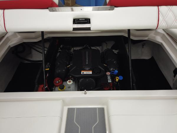 2021 Regal boat for sale, model of the boat is LS2 & Image # 10 of 11