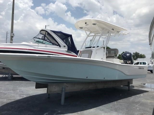 2019 SEA FOX VIPER 240