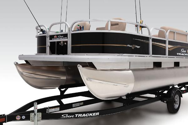 2020 Sun Tracker boat for sale, model of the boat is Bass Buggy® 16 XL & Image # 6 of 23