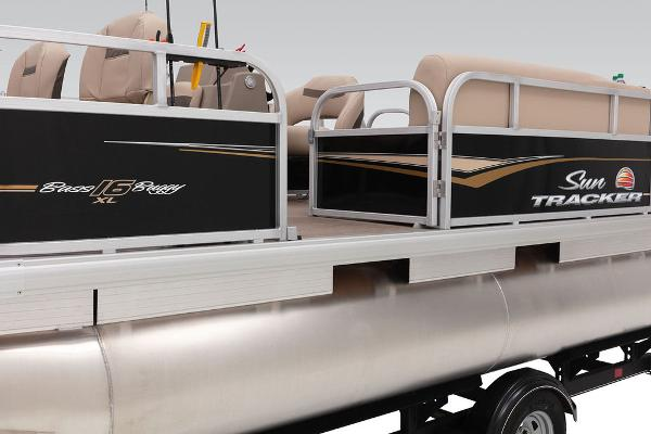 2020 Sun Tracker boat for sale, model of the boat is Bass Buggy® 16 XL & Image # 7 of 23