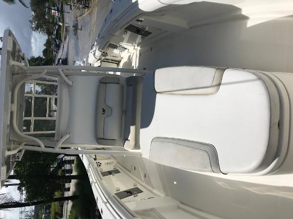 2016 Mako boat for sale, model of the boat is 334CC & Image # 21 of 30