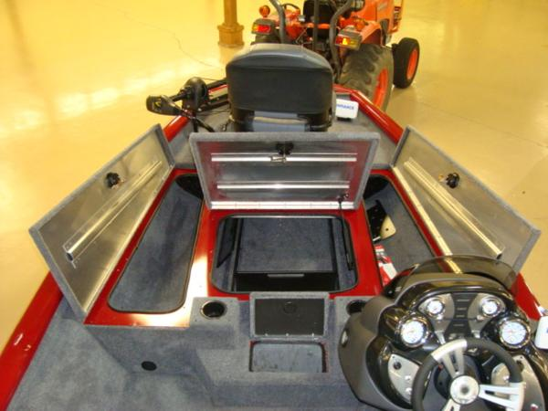 2021 Tracker Boats boat for sale, model of the boat is Pro Team 175 TXW® Tournament Ed. & Image # 5 of 20