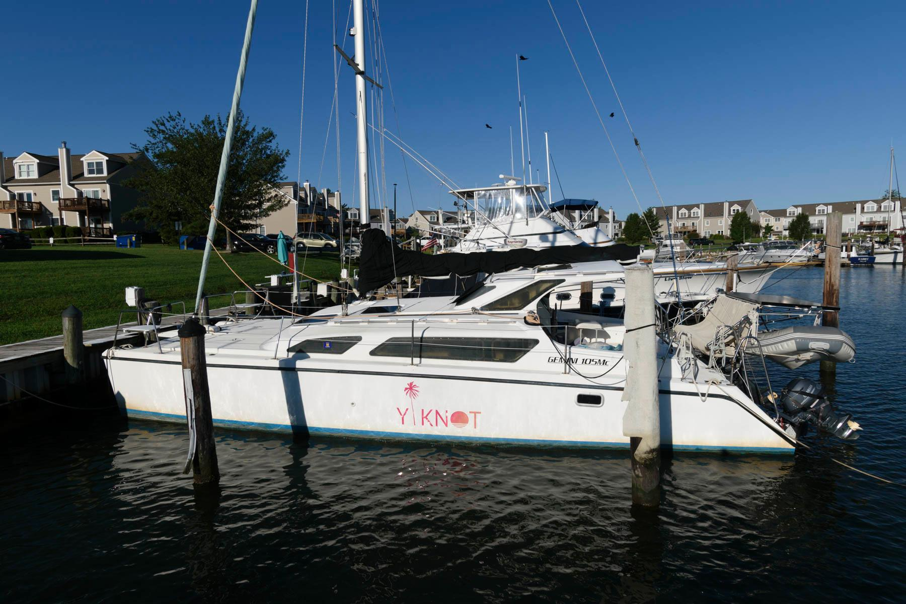 M 6393 JP Knot 10 Yacht Sales