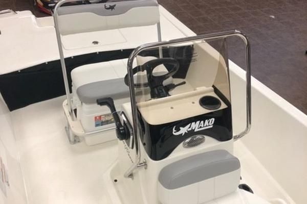 2021 Mako boat for sale, model of the boat is Pro Skiff 17 CC & Image # 4 of 57