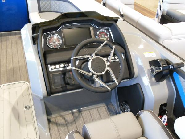 2021 Godfrey Pontoon boat for sale, model of the boat is AquaPatio 235 SBC iMPACT 29 in. Center Tube & Image # 10 of 46
