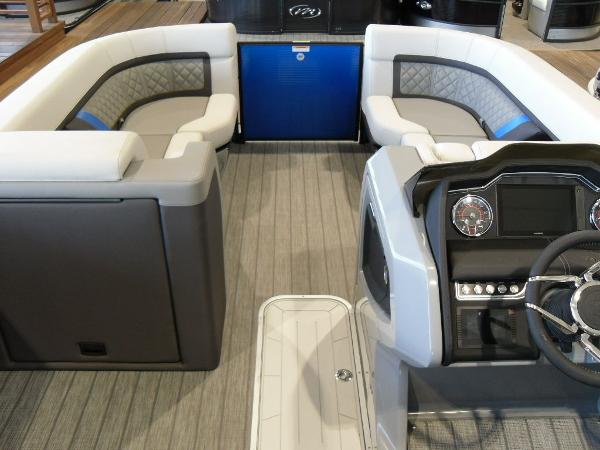 2021 Godfrey Pontoon boat for sale, model of the boat is AquaPatio 235 SBC iMPACT 29 in. Center Tube & Image # 11 of 46