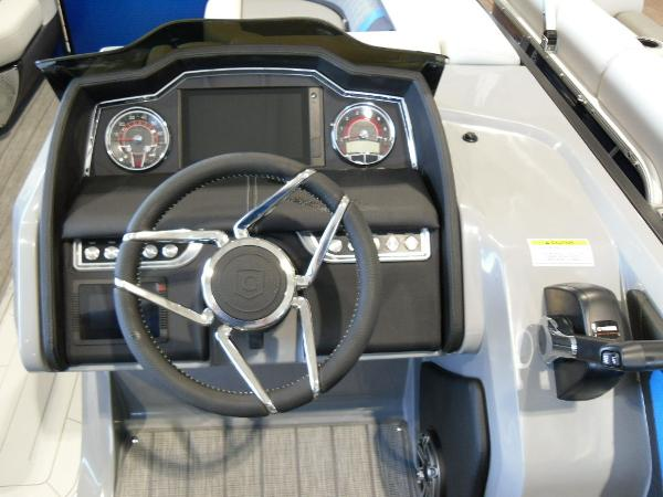 2021 Godfrey Pontoon boat for sale, model of the boat is AquaPatio 235 SBC iMPACT 29 in. Center Tube & Image # 18 of 46
