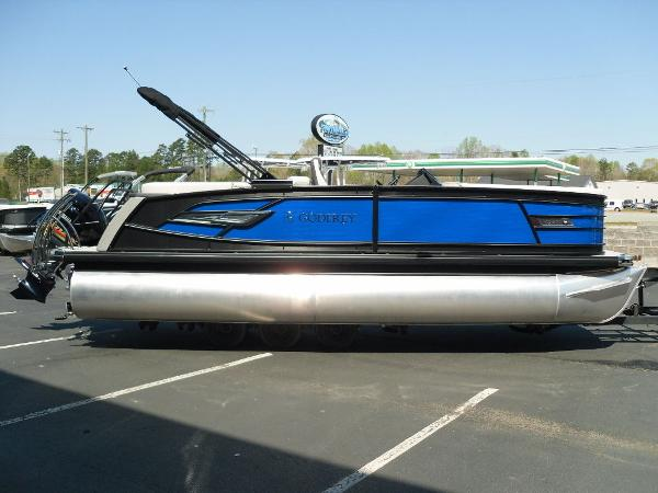 2021 Godfrey Pontoon boat for sale, model of the boat is AquaPatio 235 SBC iMPACT 29 in. Center Tube & Image # 20 of 46