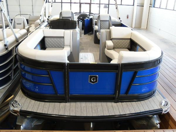 2021 Godfrey Pontoon boat for sale, model of the boat is AquaPatio 235 SBC iMPACT 29 in. Center Tube & Image # 26 of 46