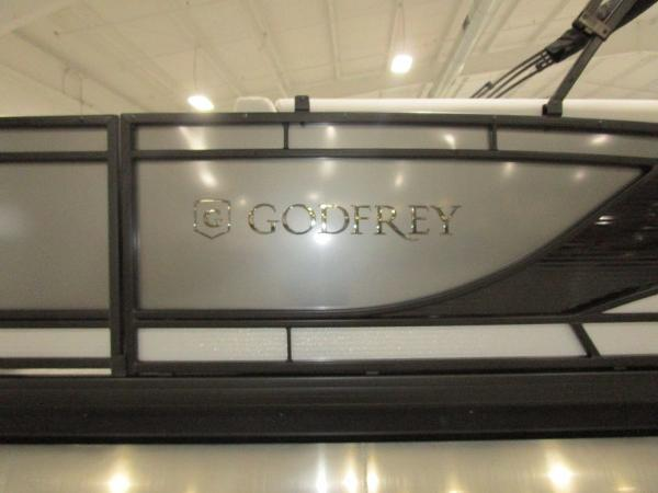 2021 Godfrey Pontoon boat for sale, model of the boat is Monaco 235 C iMPACT 29 in. Center Tube & Image # 10 of 46