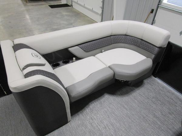 2021 Godfrey Pontoon boat for sale, model of the boat is Monaco 235 C iMPACT 29 in. Center Tube & Image # 27 of 46