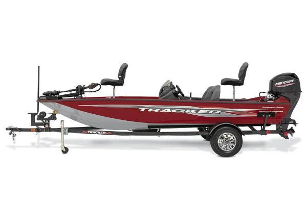 2021 Tracker Boats boat for sale, model of the boat is Pro Team 175 TXW Tournament Edition & Image # 2 of 38