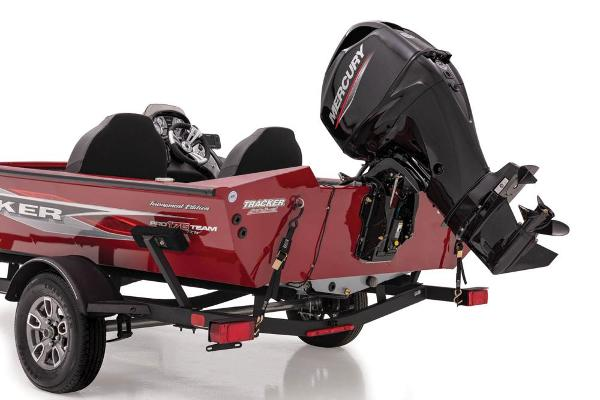 2021 Tracker Boats boat for sale, model of the boat is Pro Team 175 TXW Tournament Edition & Image # 9 of 38
