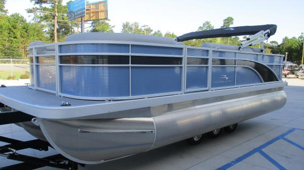 2021 Bennington boat for sale, model of the boat is 20 SS & Image # 2 of 44