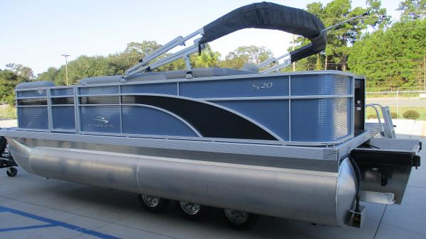 2021 Bennington boat for sale, model of the boat is 20 SS & Image # 6 of 44