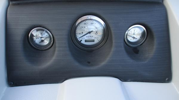 2021 Bennington boat for sale, model of the boat is 20 SS & Image # 26 of 44