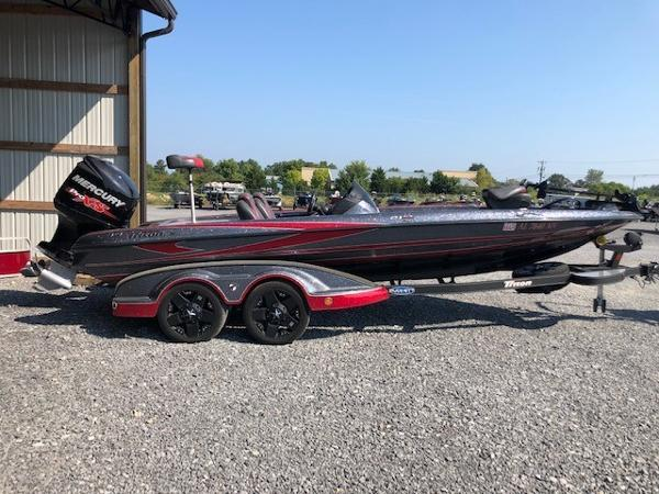 2016 Triton boat for sale, model of the boat is 21 TRX & Image # 1 of 9
