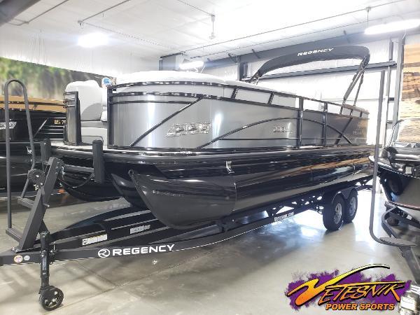 2021 Regency boat for sale, model of the boat is 230 DL3 & Image # 1 of 47