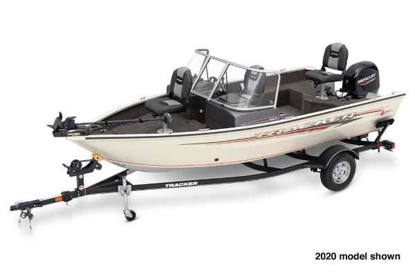 2021 Tracker Boats boat for sale, model of the boat is Pro Guide V-16 WT & Image # 1 of 5