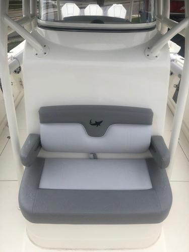 2019 Mako boat for sale, model of the boat is 334 CC Family Edition & Image # 11 of 33