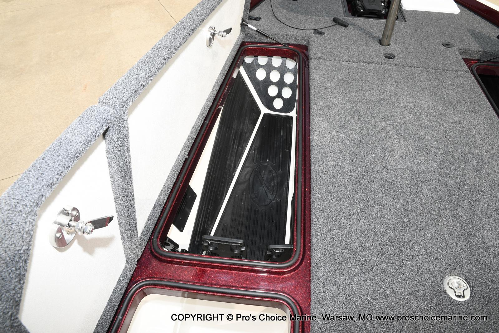 2021 Ranger Boats boat for sale, model of the boat is Z521L Cup Equipped DUAL CONSOLE & Image # 18 of 50