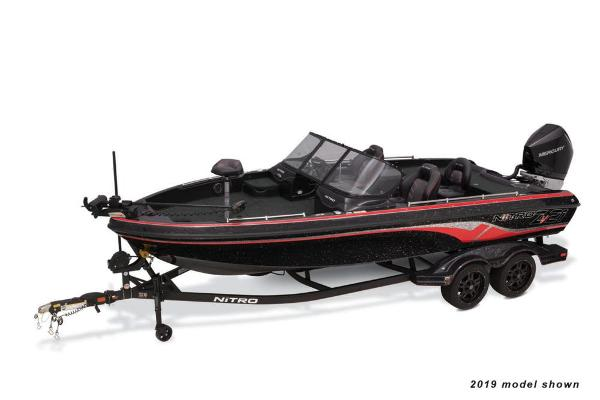 2020 Nitro boat for sale, model of the boat is ZV21 & Image # 4 of 49