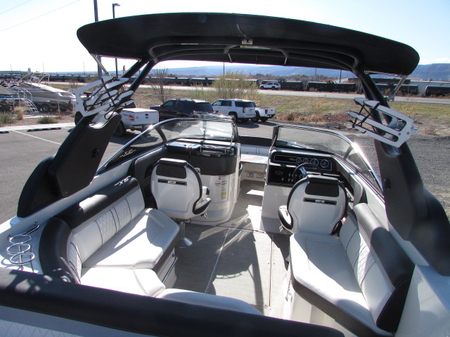 2017 Sea Ray boat for sale, model of the boat is 250 SLX & Image # 13 of 30