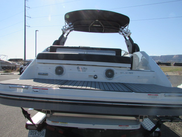 2017 Sea Ray boat for sale, model of the boat is 250 SLX & Image # 7 of 30