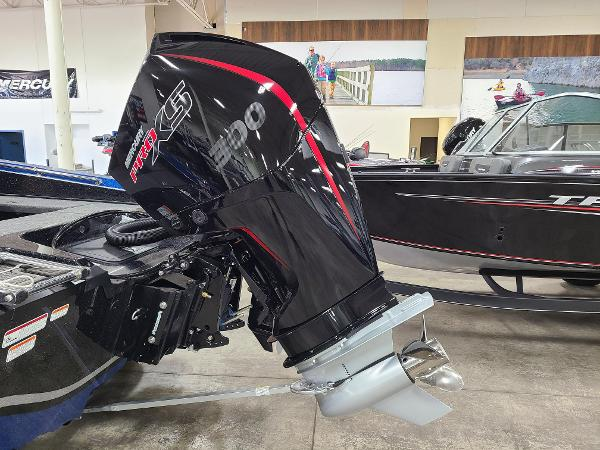 2021 Nitro boat for sale, model of the boat is ZV20 Pro & Image # 2 of 11