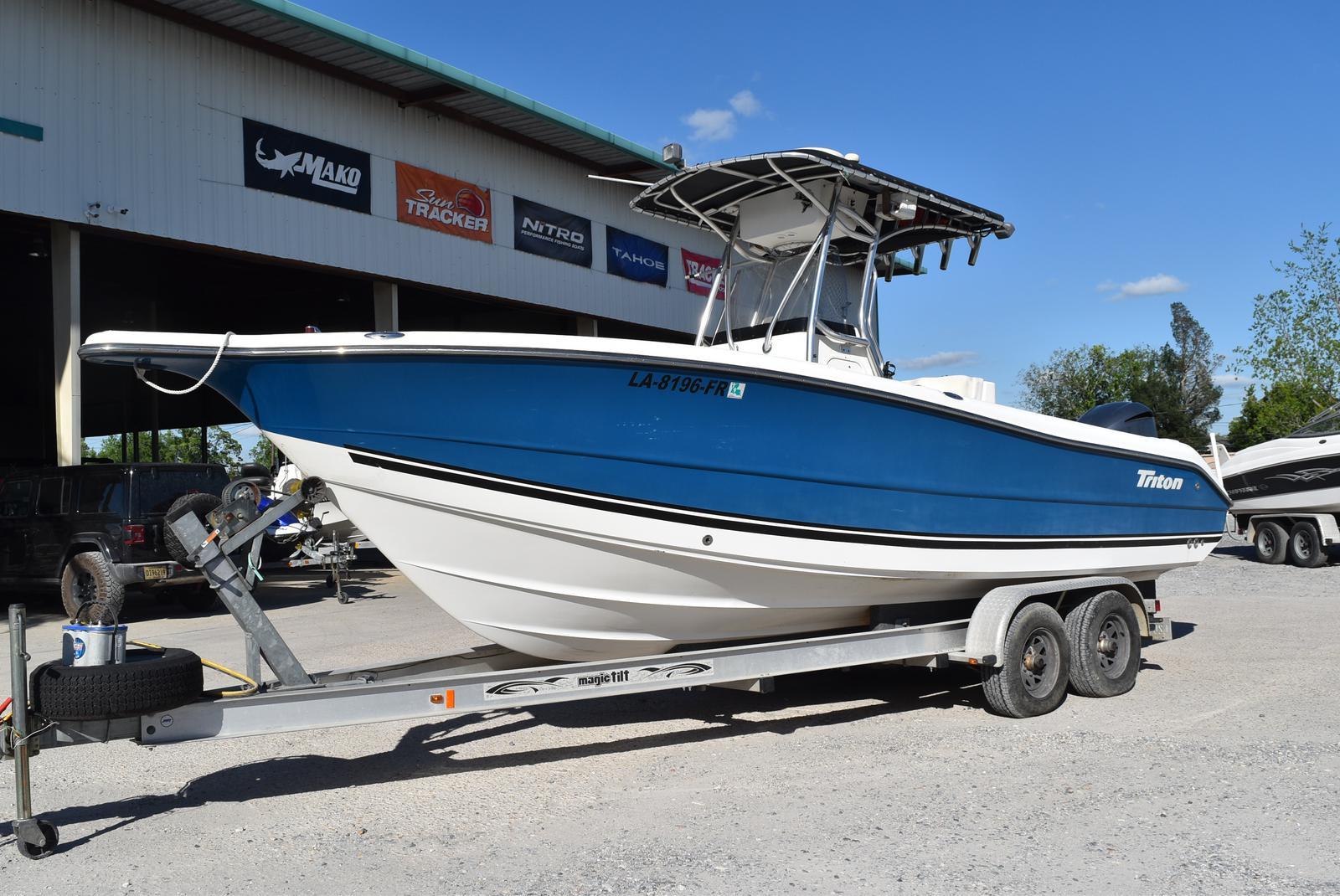 2006 TRITON 2486 for sale