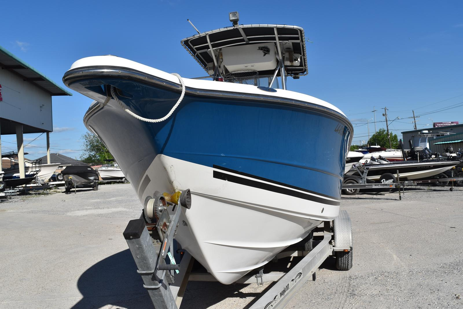 2006 Triton boat for sale, model of the boat is 2486 & Image # 20 of 24