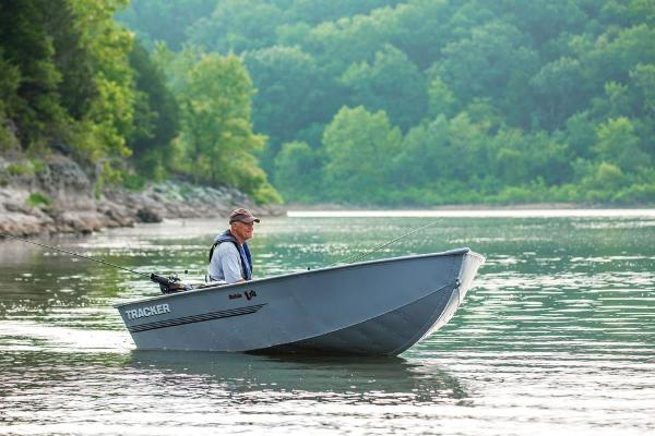 2019 Tracker Boats boat for sale, model of the boat is Guide V-14 Deep V & Image # 3 of 17