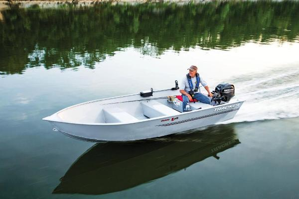 2019 Tracker Boats boat for sale, model of the boat is Guide V-14 Deep V & Image # 5 of 17