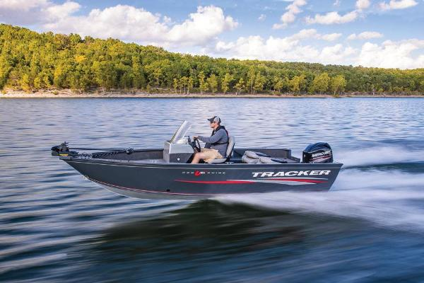 2019 Tracker Boats boat for sale, model of the boat is Pro Guide V-16 SC & Image # 3 of 36