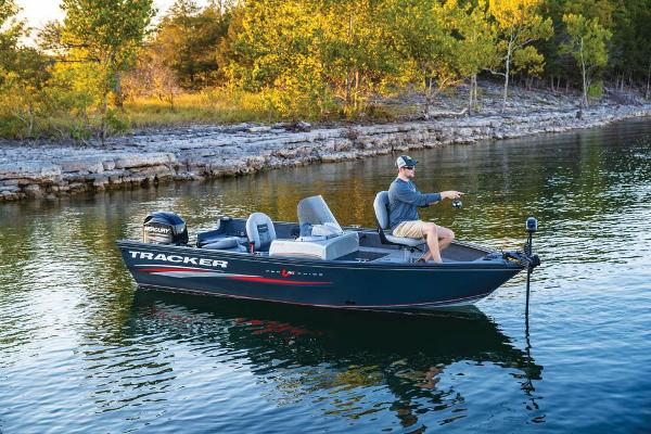 2019 Tracker Boats boat for sale, model of the boat is Pro Guide V-16 SC & Image # 6 of 36