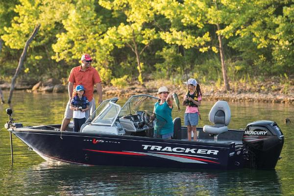 2019 Tracker Boats boat for sale, model of the boat is Pro Guide V-175 Combo & Image # 7 of 21